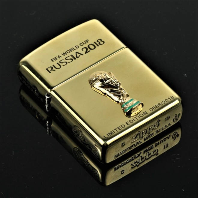 """Gold 2018 World Cup Russia """"Christian Ronaldo"""" Limited Edition Zippo Lighter"""