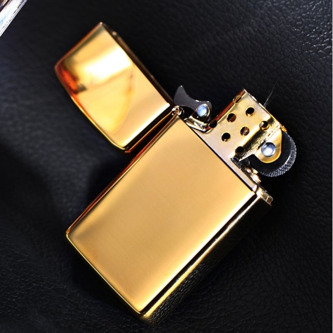 High Polished Brass Slim 1654B Zippo Lighter